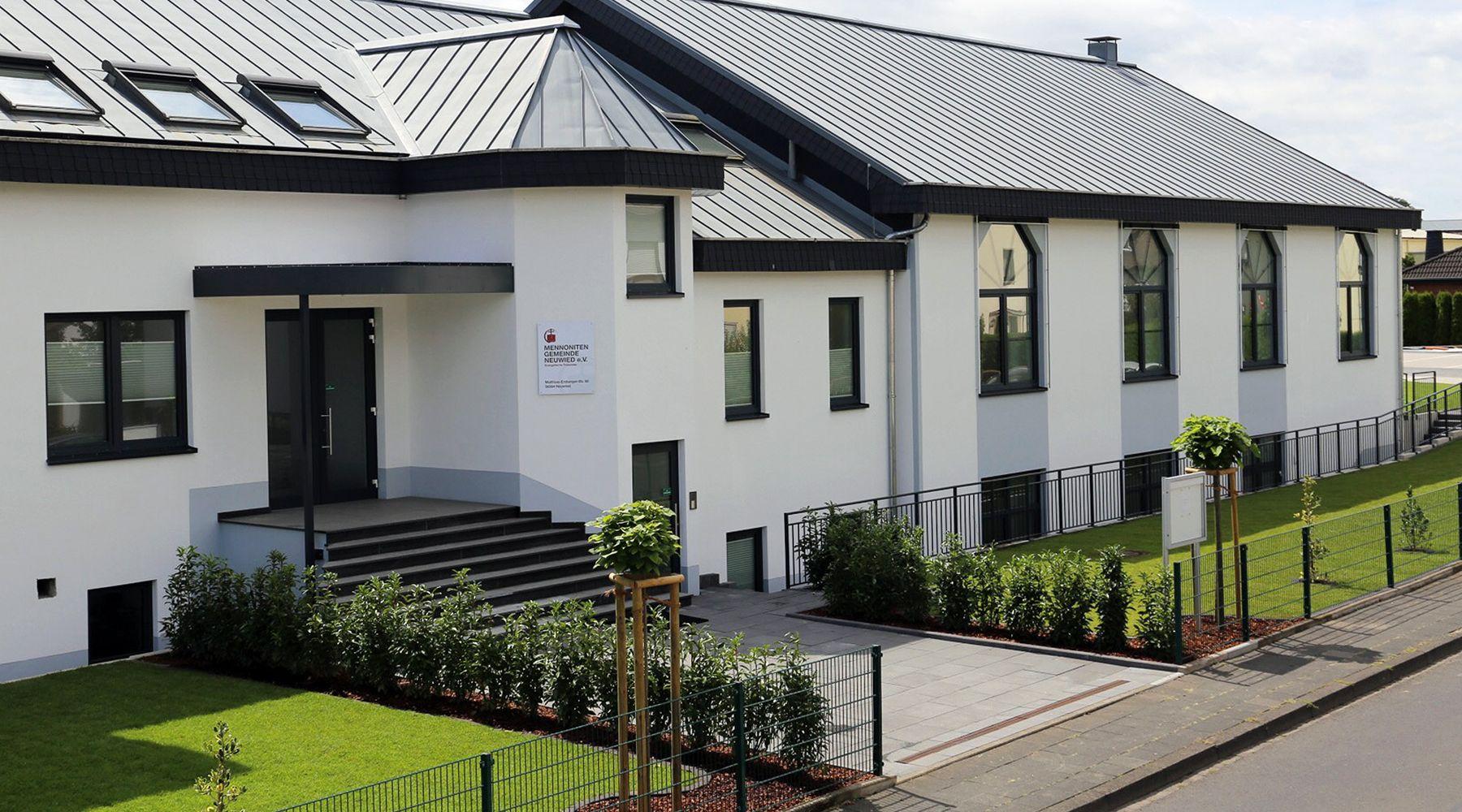 Ansicht Gemeindehaus Neuwied WEB